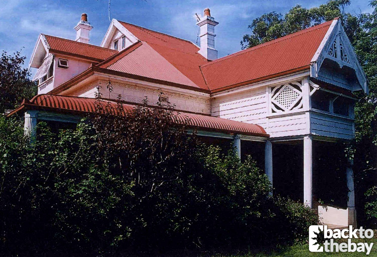 Summer Bay House & Caravan Park