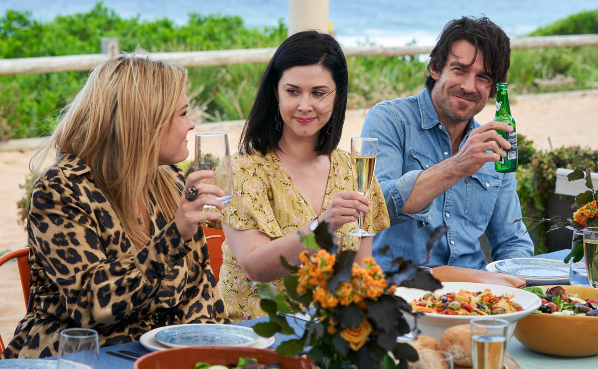 Home and Away Spoilers — Ben & Maggie leave Summer Bay, as John & Marilyn fall apart